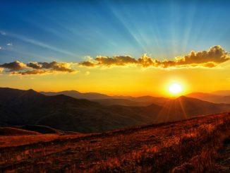 sunset-3314275_640.jpg